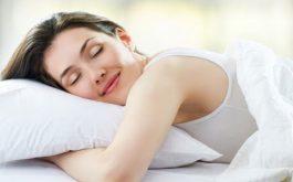 Sinh hoạt điều độ, ngủ đủ giấc và đúng giờ cũng là biện pháp đơn giản nhưng cực kỳ hiệu quả để phục hồi da sau laser