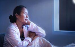 Mất ngủ ở người lớn tuổi làm giảm chất lượng sống, gây mệt mỏi, suy nhược cơ thể