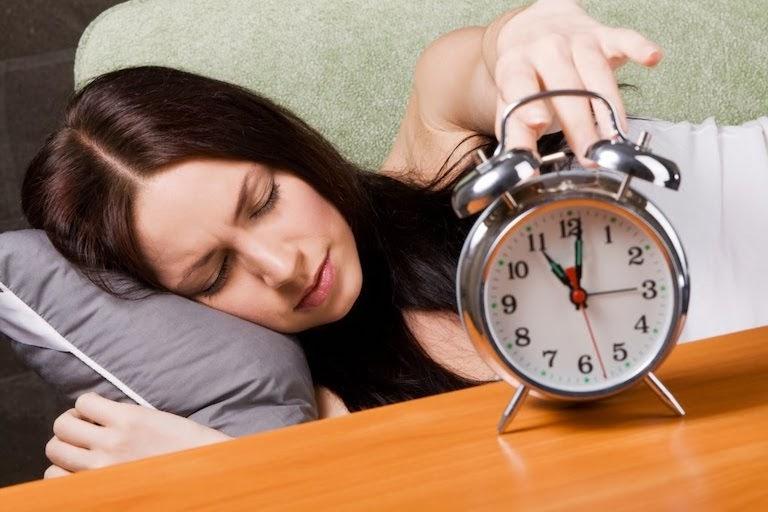 Thay đổi đồng hồ sinh học để có được giấc ngủ ngon hơn
