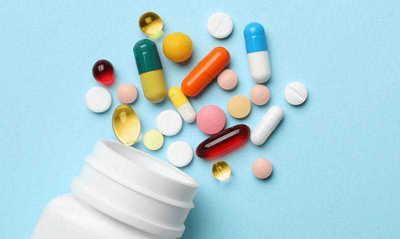 Có một số thuốc Tây y giúp xử lý mụn trứng cá hiệu quả