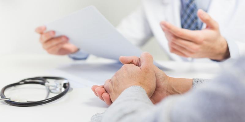 Cả nam và nữ giới đều có thể bị mắc bệnh sạm da nghề nghiệp