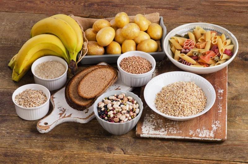Khi bị mụn bọc không nên ăn thực phẩm phẩm giàu tinh bột