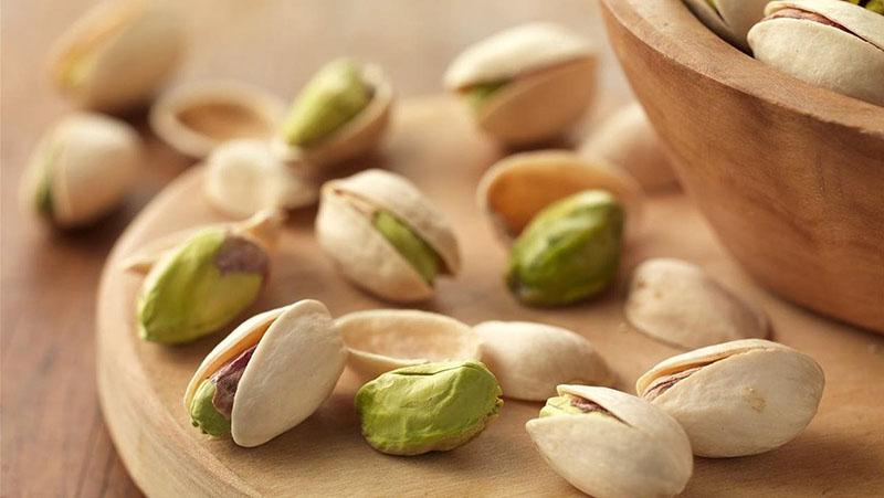 Tính lạnh của hạt dẻ cùng những phụ gia khi tẩm ướp khiến hạt dẻ trở thành thực phẩm làm đàn ông bị liệt dương