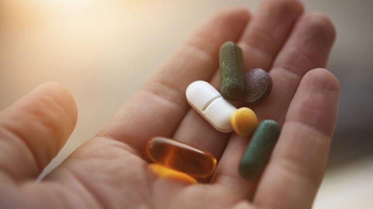 Thuốc Tây mang lại hiệu quả nhanh chóng nhưng gây tác dụng phụ