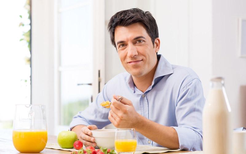 Tinh trùng yếu nên ăn gì để cải thiện khả năng thụ thai