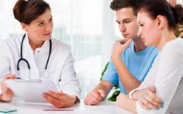 Trong quá trình thụ tinh nhân tạo, bạn nên nghe theo sự chỉ dẫn của bác sĩ